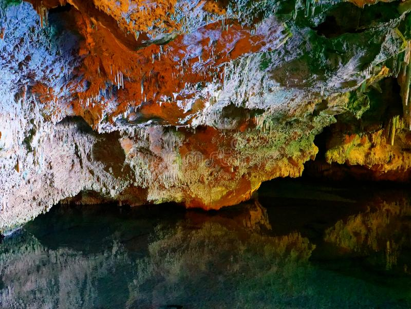 Grotte Grotta di Nettuno, capo Caccia, Alghero, Sardaigne, Italie du ` s de Neptune photos libres de droits