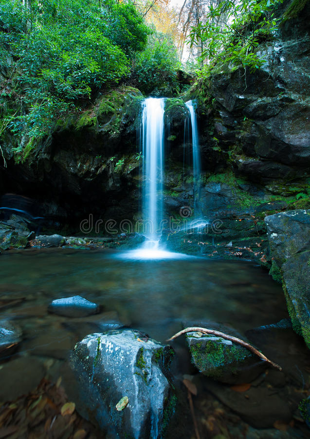 Free Grotto Falls In Great Smoky Mountain Royalty Free Stock Photos - 37514508