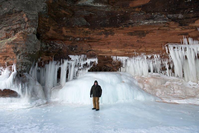 Grottor för apostelöis, vinterlandskap arkivbilder