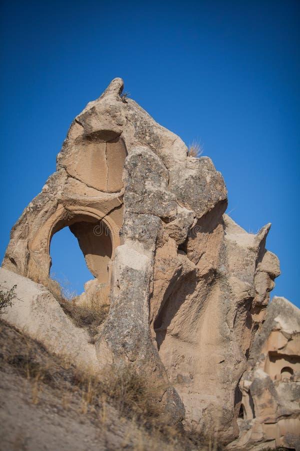 Download Grottor I Cappadocia, Turkiet Fotografering för Bildbyråer - Bild av grotta, erosion: 78726753