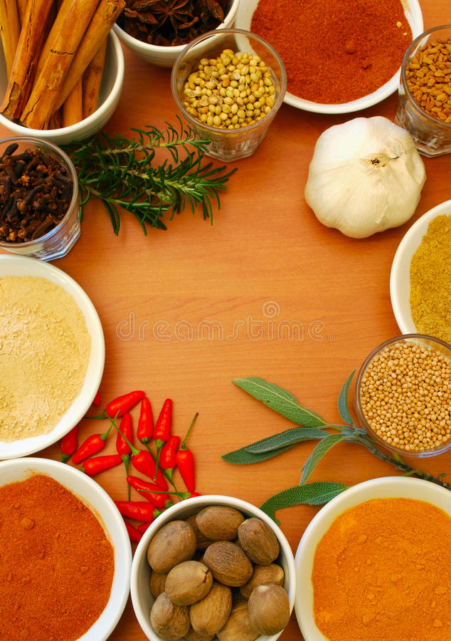 Free Ground And Whole Spice And Herbs Royalty Free Stock Images - 10465809