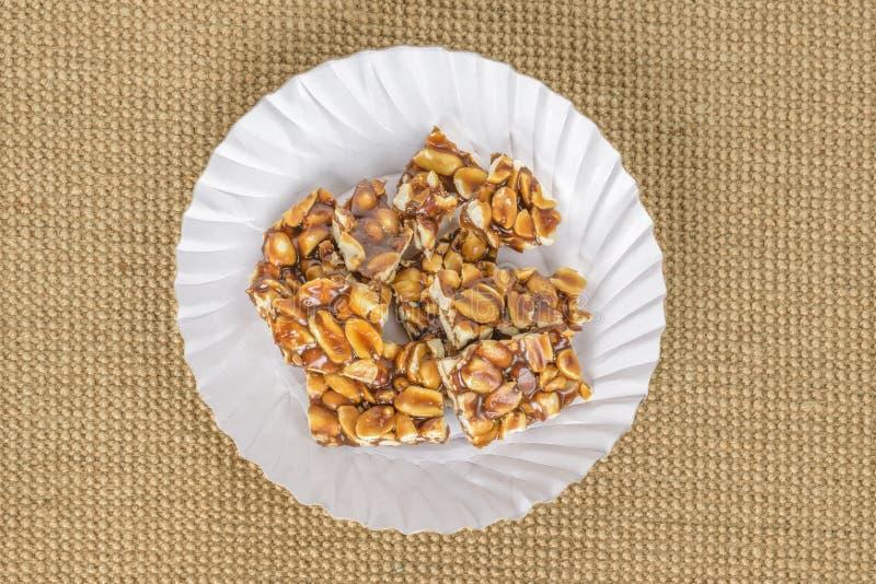 Groundnut i jaggery cukierek fotografia stock