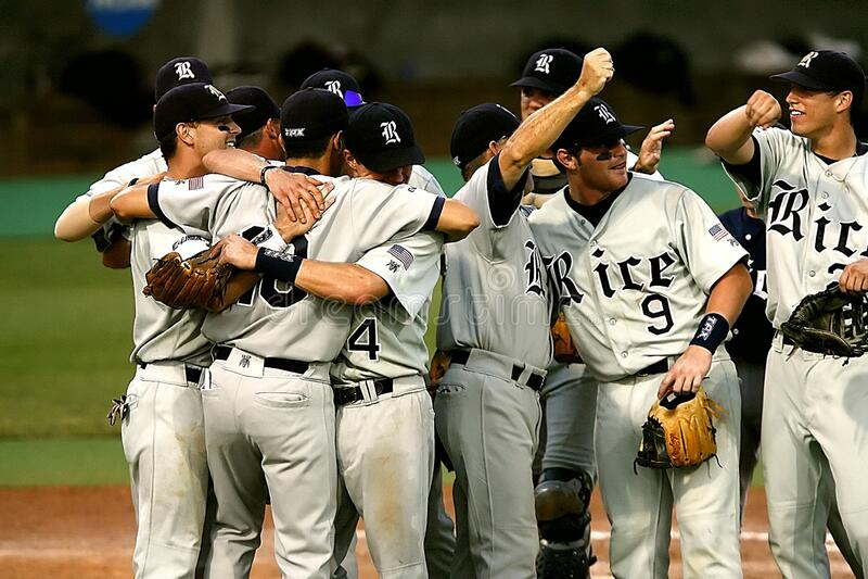 Group Of Baseball Player Cheering Free Public Domain Cc0 Image