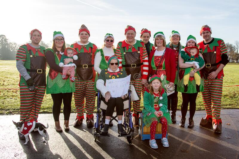 Group In Elf Outfits Free Public Domain Cc0 Image