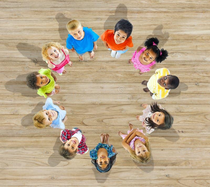 Free Group Of Multietthnic Children Looking Up Stock Photo - 41115730
