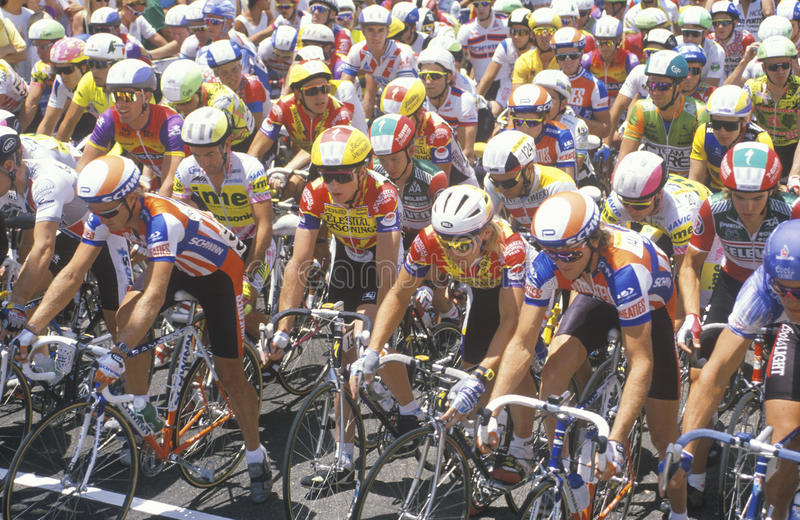 Download Group Of Professional Bicycling Racers Editorial Photo - Image: 26903136
