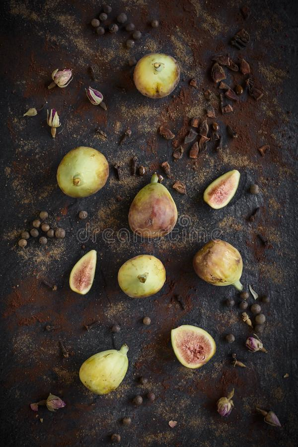 Raw figs served stock images