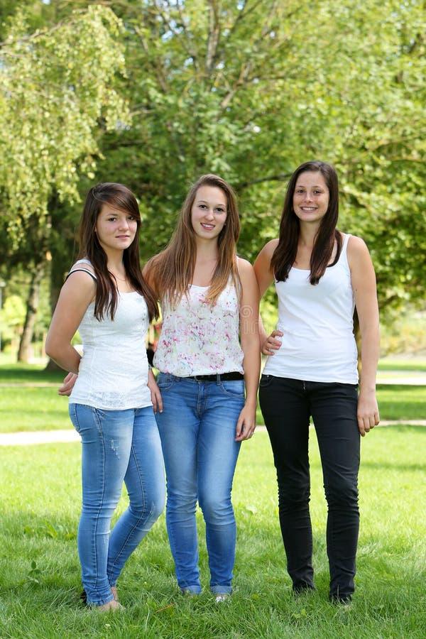 teens-girls-pic