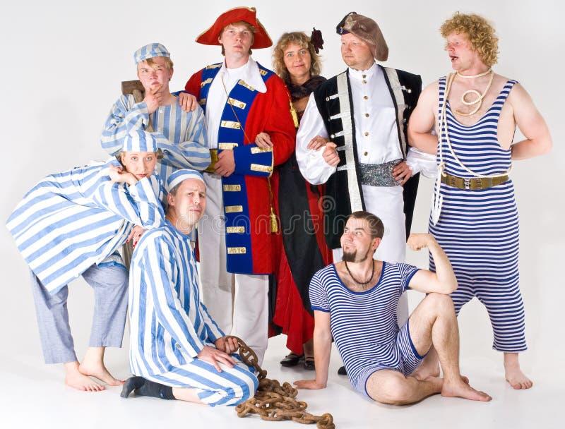 Groupe d'acteurs dans le costume images libres de droits
