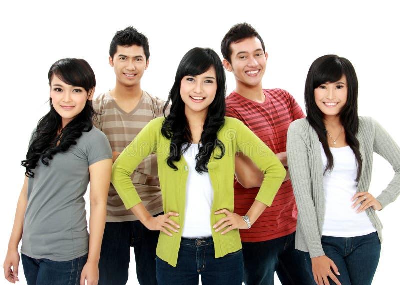Groupe d'amis de sourire photographie stock libre de droits