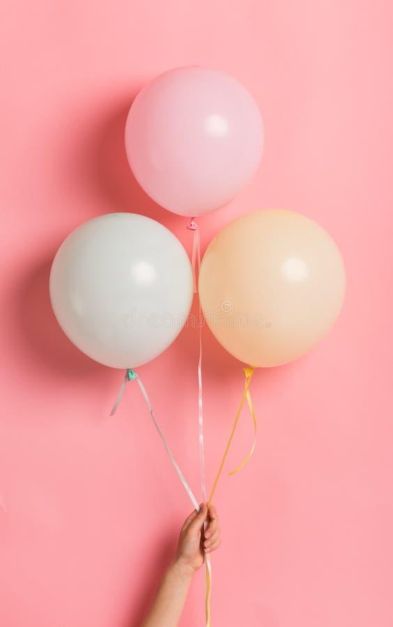 Groupe de ballon dans la forme de la crème glacée pour la fête d'anniversaire images libres de droits