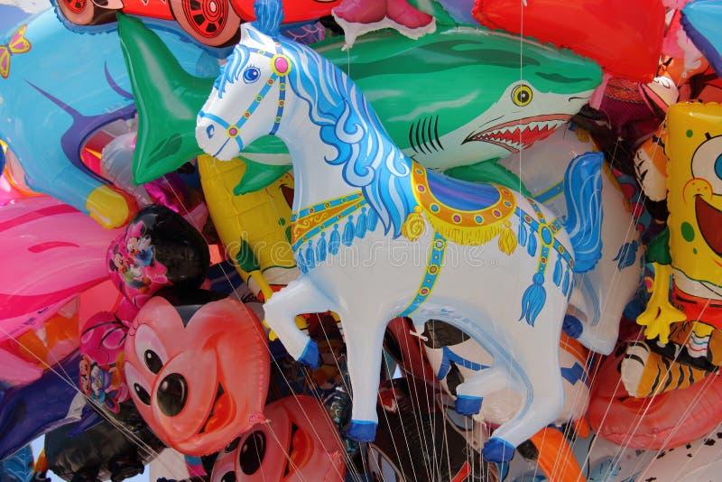 Groupe de baloons colorés photos stock