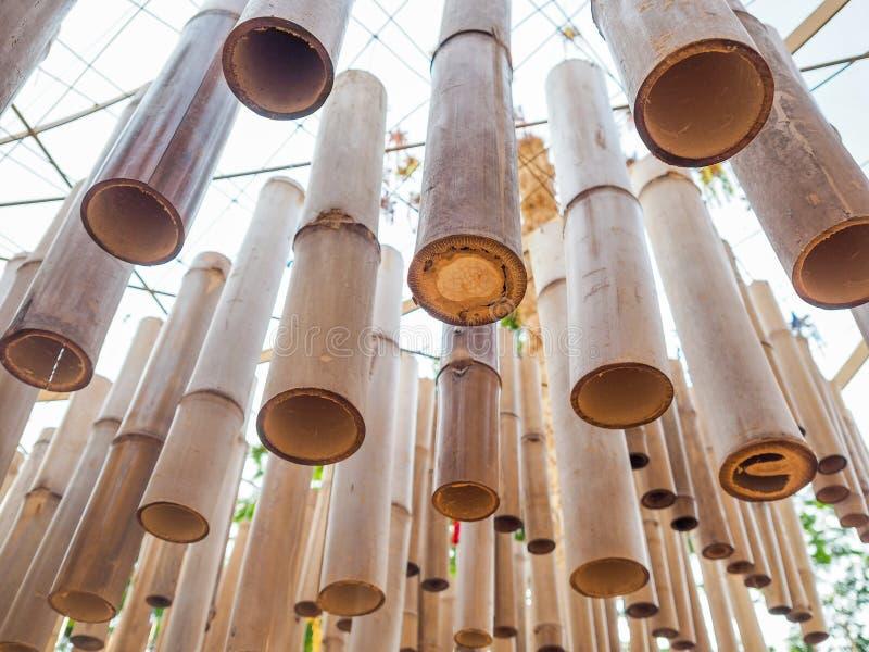 Groupe de coup de bambous sur le plafond images stock