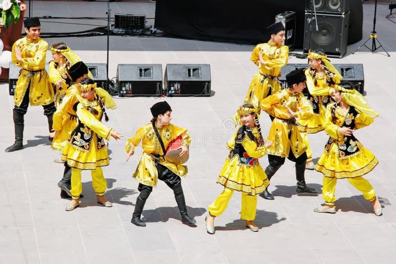 Groupe de danse de l'Azerbaïdjan image libre de droits