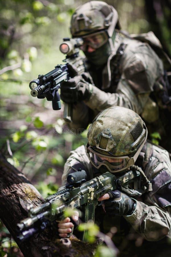 Groupe de forces spéciales de soldats photos libres de droits