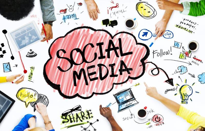 Groupe de gens d'affaires avec le concept social de media photographie stock