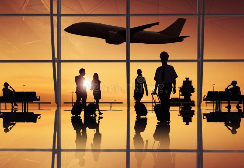 Groupe de gens d'affaires dans l'aéroport photo libre de droits