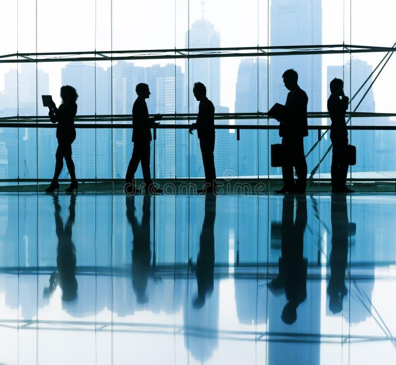 Download Groupe De Gens D'affaires Le Bureau Image stock - Image du métier, groupe: 45369489