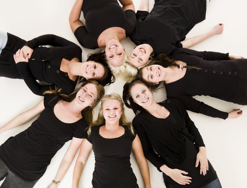Groupe de jeunes femmes photos libres de droits