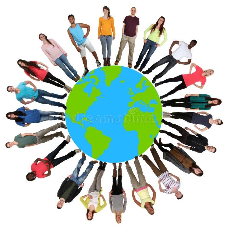 Groupe de multiculture heureux de protection de l'environnement des jeunes images libres de droits