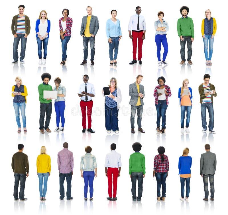 Groupe de personnes multi-ethnique d'isolement sur le blanc images libres de droits