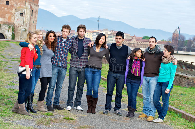 Groupe de personnes multiculturel photo stock