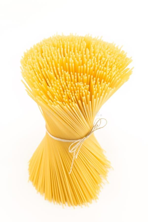 Groupe de spaghetti d'isolement sur le blanc, 1 kilogramme images libres de droits