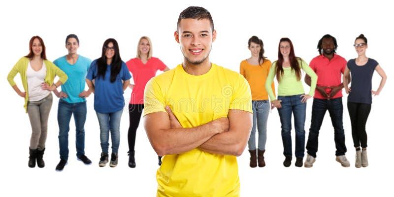 Groupe des jeunes d'amis d'isolement sur le blanc images stock