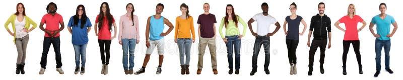 Groupe des jeunes pleine BO ethnique multi multiculturelle de sourire photos libres de droits