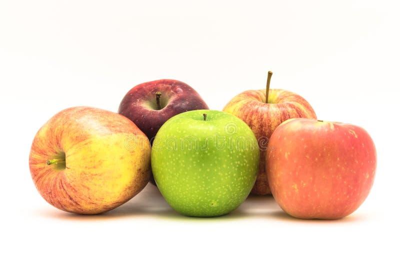 Groupe en gros plan de mamie Smith, red delicious, gala, pommes de Fuji photo libre de droits