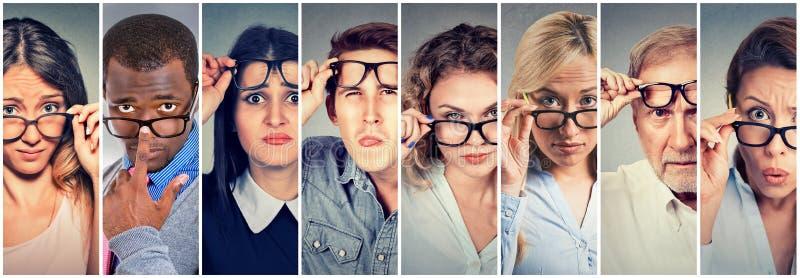 Groupe multi-ethnique dur - à - svp de personnes vous regardant avec scepticisme photos stock