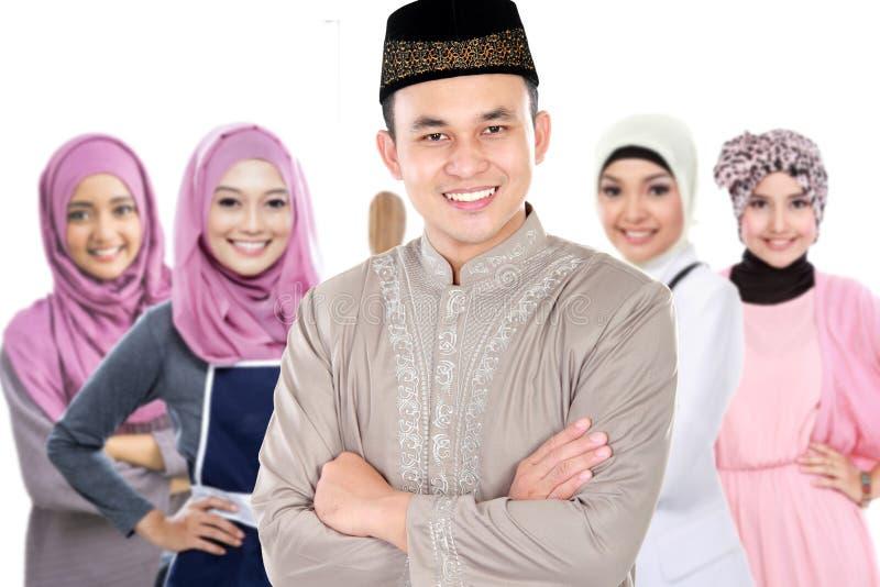 Groupe musulman de mâle et de femme photographie stock libre de droits