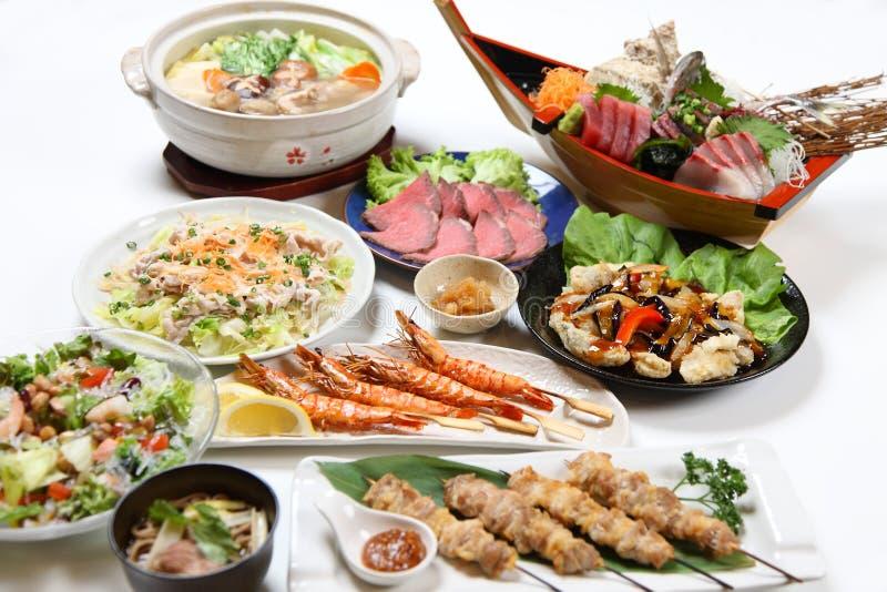 Groupe tir? des plats asiatiques de nourriture photos stock