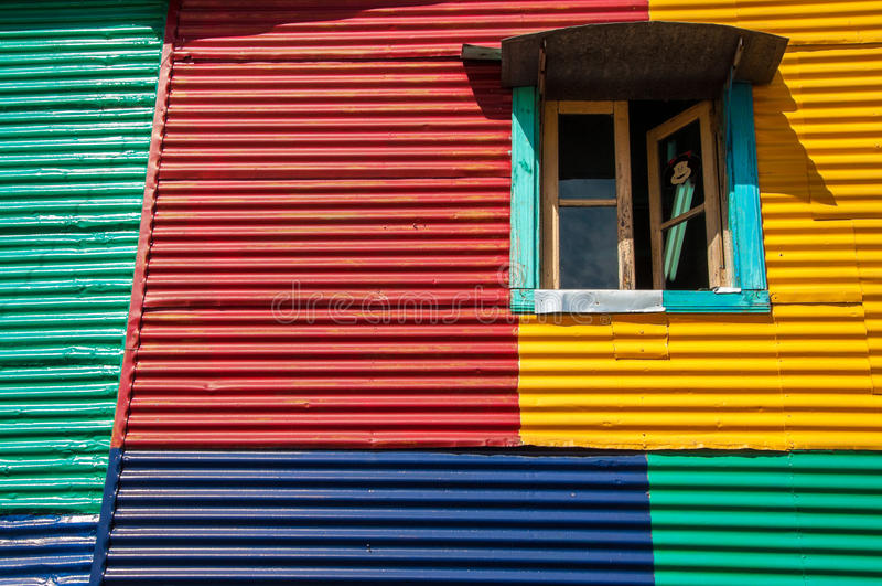 Groupes colorés en La Boca image libre de droits