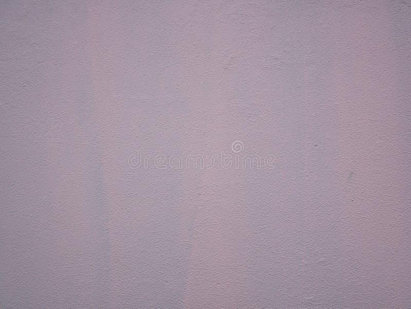 Grov rosa målad vägg, stuckaturtextur royaltyfri foto