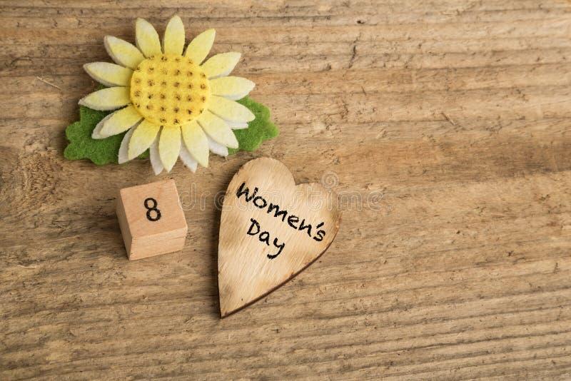 Gruß der Frauen Tages lizenzfreie stockbilder