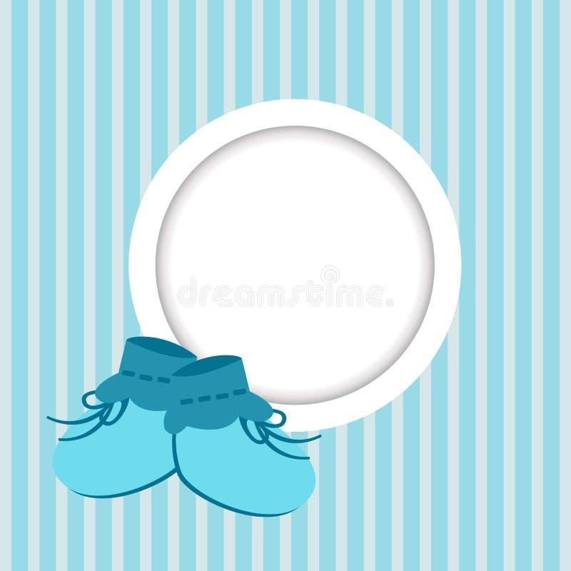Grußkarte mit Rahmen und Babyschuhe für einen Jungen lizenzfreie abbildung