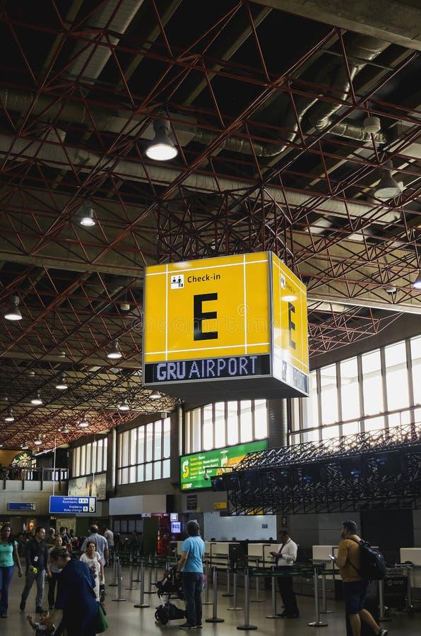 GRU-Flughafen, Abfertigung E, Guarulhos stockbilder