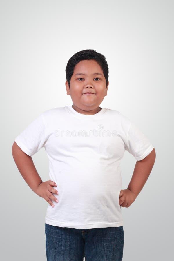 Gruba Azjatycka chłopiec ono Uśmiecha się Szczęśliwie obrazy stock