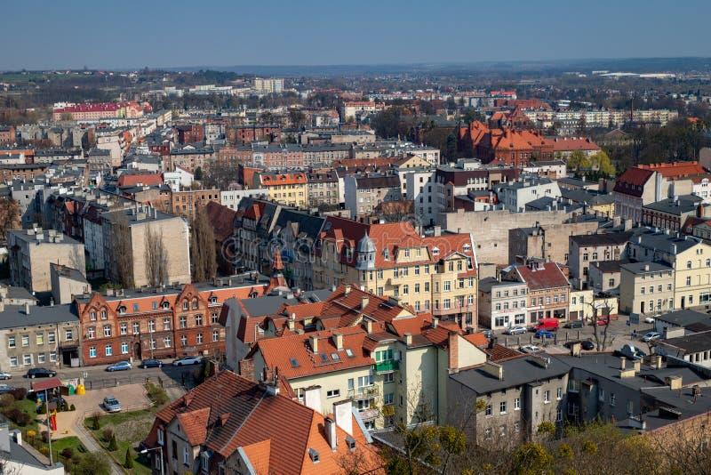 Grudziadz, kujawsko-pomorskie/Polonia - 5 aprile, 2019: Panorama della città di GrudziÄ… DZ Costruzioni di grande città in centra fotografia stock