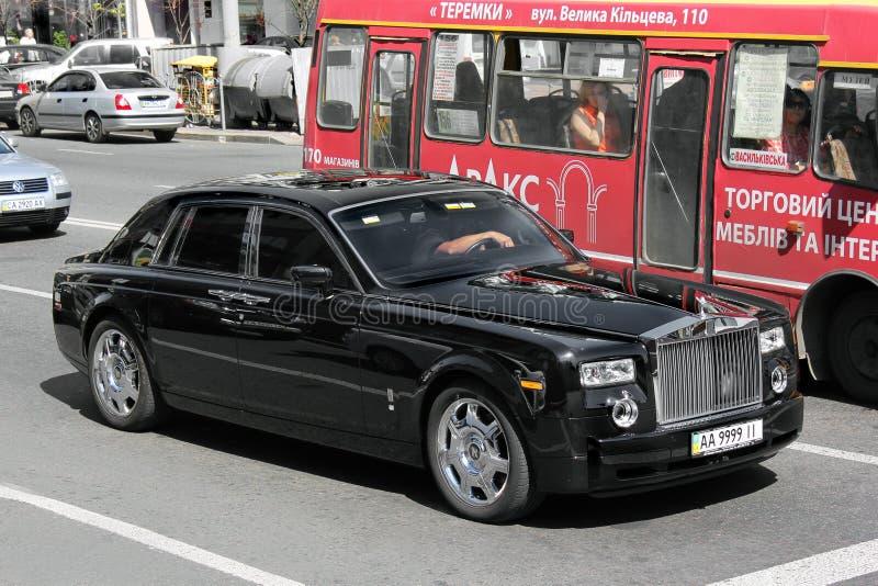 Grudzień 2, 2015 Ukraina Rolls-Royce Phantom na drodze Samochód jest w drodze fotografia stock