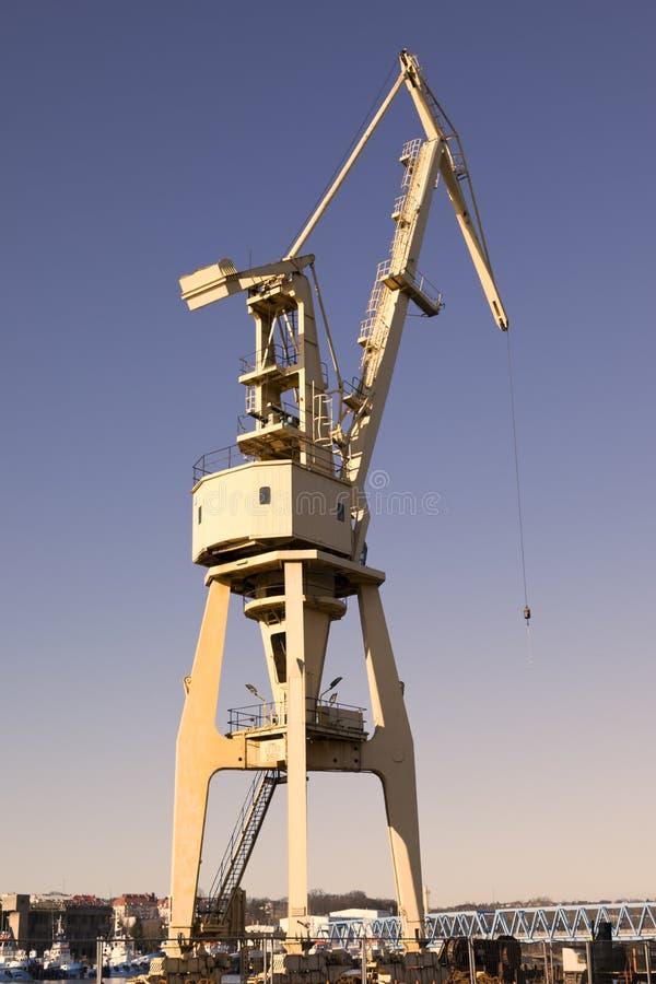 Grue, éléments navire-terre de grue Fond de transport et de technologie image libre de droits