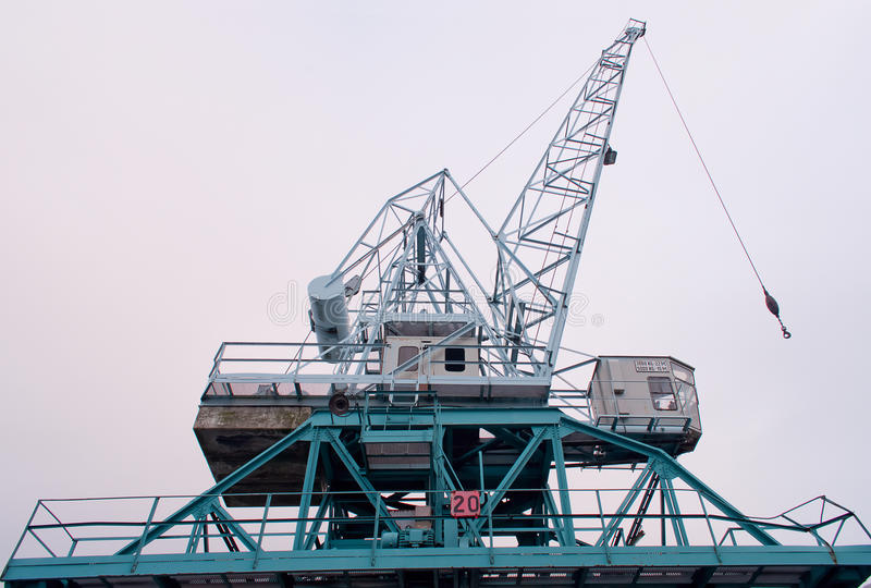 Grue dans un port maritime photos stock