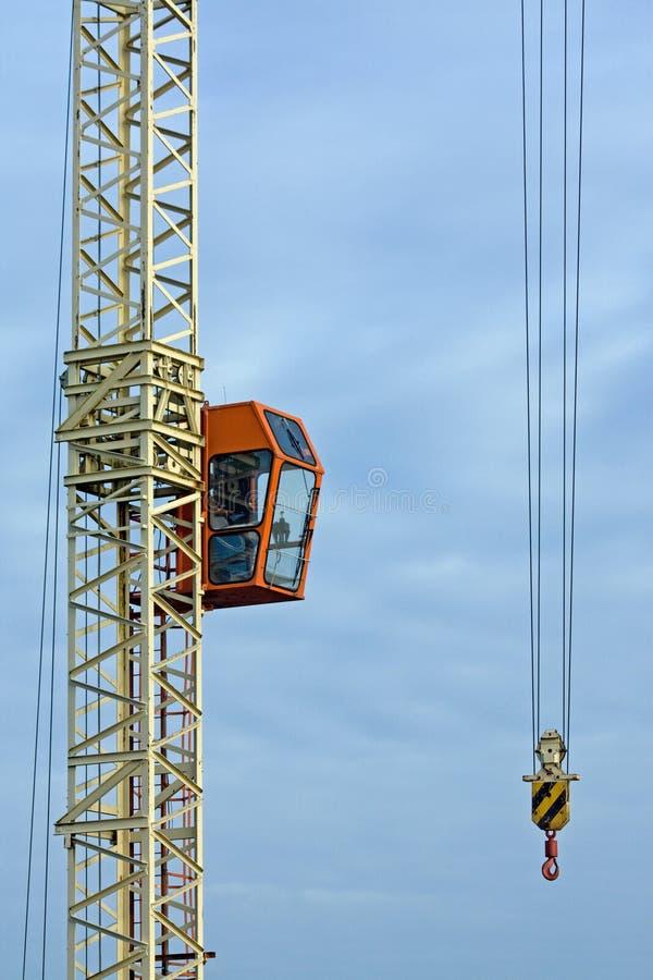 Grue sur le chantier de construction photo stock