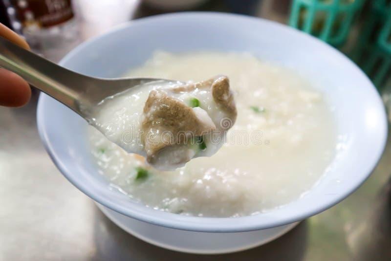 Gruel ρυζιού, κουάκερ ρυζιού ή congee στοκ εικόνες