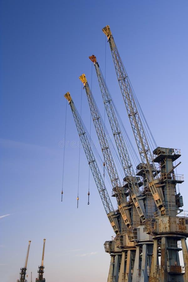 Grues de chantier naval images stock