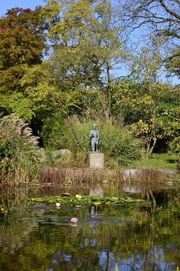 Grugapark da escultura imagens de stock royalty free