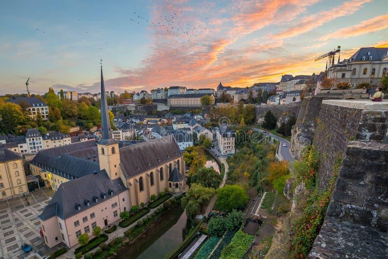 Grund和卢森堡地平线在日落 库存照片