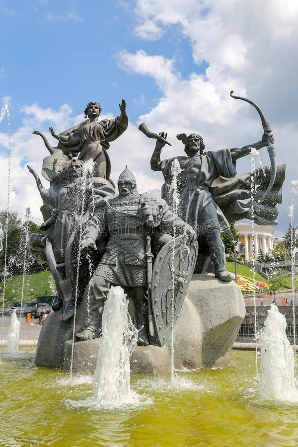 Grundare av den Kiev monumentet i Kiev, Ukraina arkivfoto