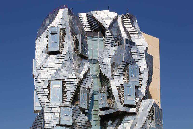 Grundlage und luma ragen von Franck Gehry in Arles, Frankreich hoch lizenzfreie stockbilder